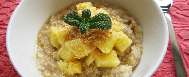 Tropical Breakfast Quinoa & Oatmeal - Vegan & Gluten-Free