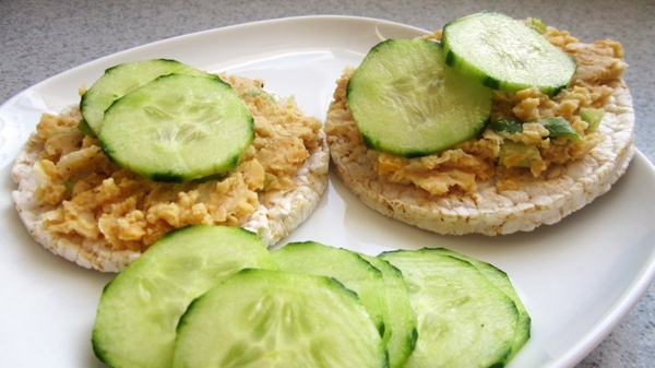 "Vegan ""Tuna"" Salad Sandwich (made with chickpeas) - Gluten-Free"