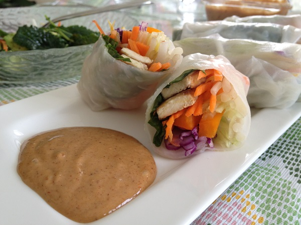 how to make peanut sauce for fresh rolls