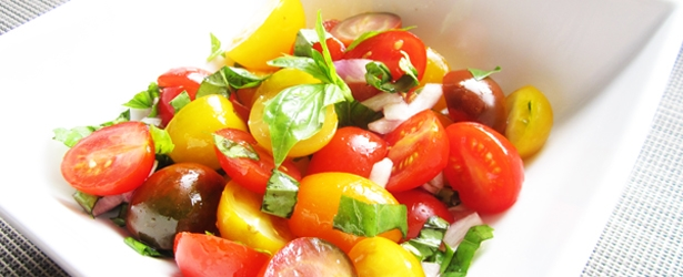 fresh-tomato-basil-salad_thumb