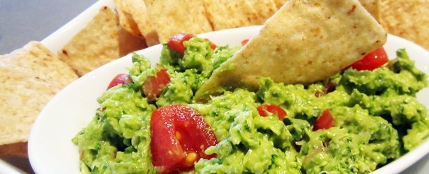 Healthy Hidden Broccoli Guacamole - Vegan and Gluten-Free