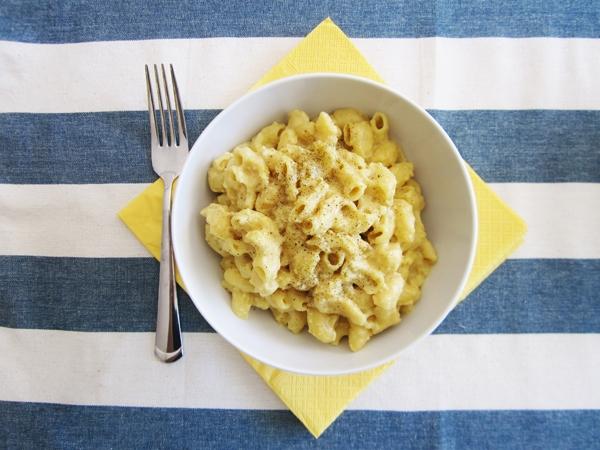 vegan mac and cheese nutritional yeast tofu