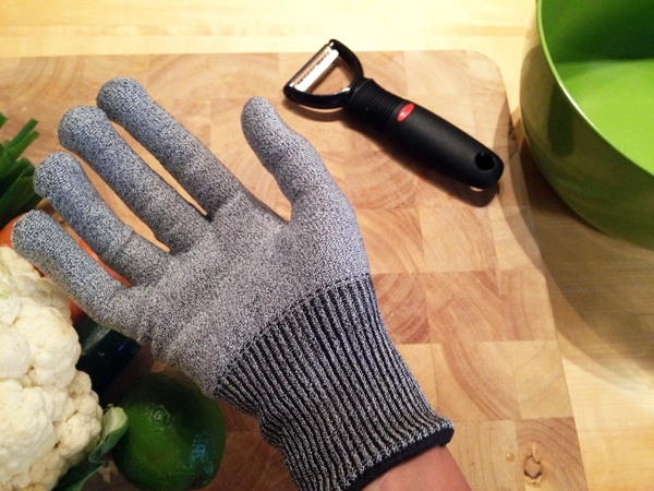 Mandoline Gloves