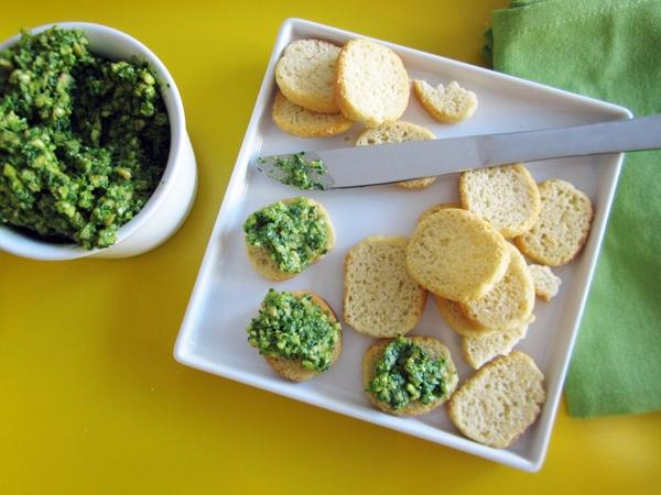 Rocket (Arugula) & Cashew Spread - Vegan and Gluten-Free